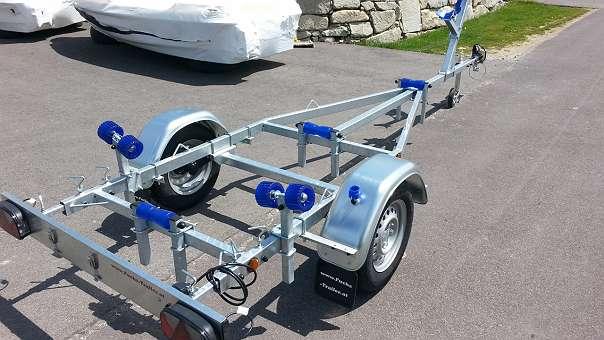 750 KG Bootsanhänger Boot Anhänger Bootstrailer Bootstrailer für Angelboot Ruderboot Motorboot Trailer Anhänger