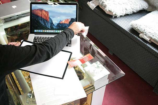 apple macbook pro 15 zoll retina 13 zoll 15 zoll matt. Black Bedroom Furniture Sets. Home Design Ideas