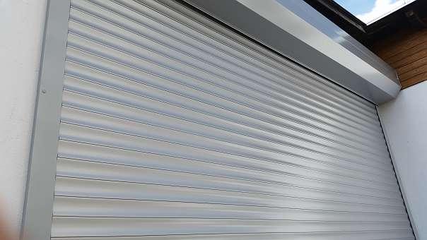Garagentore - Deckensektionaltore - Sektionaltore - Flügeltore - Messe- und Ausstellungstore zu Schnäppchenpreisen - Mayr&Söhne Generalvertriebsgmbh - Sierning bei Steyr - besuchen Sie unser Ausstellungshalle