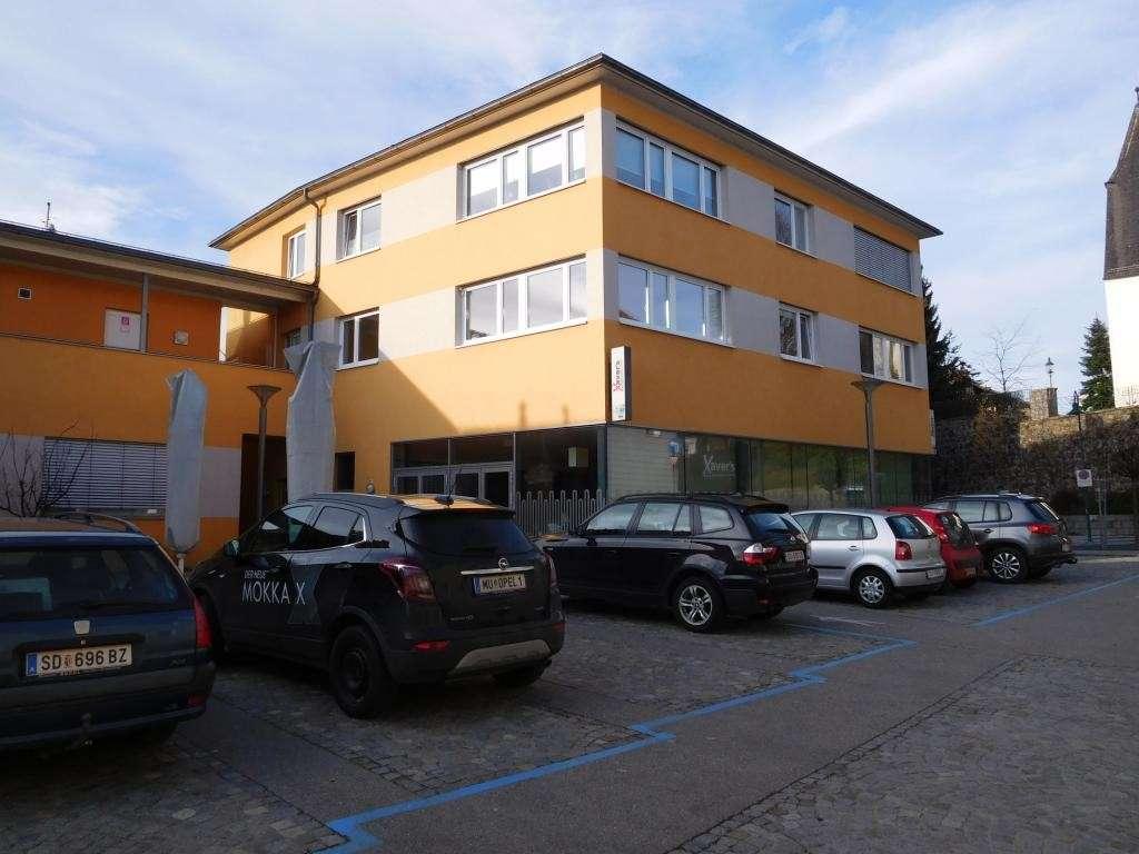 Bild 1 von 1 - Geschäftshaus