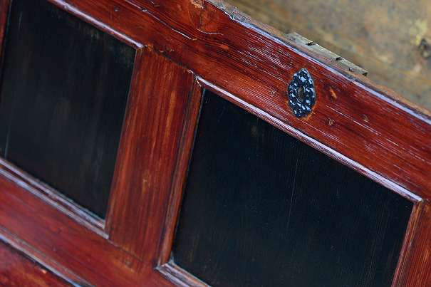 alte Truhe, mahagoni schwarz, Sitztruhe