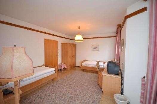 Bild 1 von 15 - Zweibettzimmer