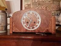 T O T A L A B V E R K A U F Holz Uhr - Art-Deco um 1920/25 - T O T A L A B V E R K A U F B I S E N D E A P R I L ! Liebe Kunden, Lt. WKO dürfen wir auch jetzt unseren Lieferservice unter Einhaltung der Vorsichtsmaßnahmen durchführen