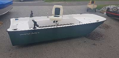 Boot Angelboot Ruderboot Teichboot Motorboot Fischerboot Fuchs Boote