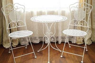 Neue Sitzgarnitur im elegant antiken Stil – Tisch und 2 Sesseln Küche Wintergarten Balkon Terrasse Garten Pool Vorraum Kaffeetisch Tee Jugendstil Art Dèco