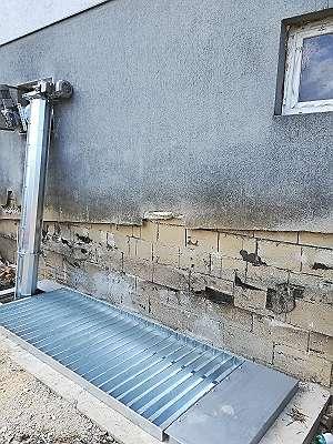 Bunkerbefüllschnecke mit versenktem Trog