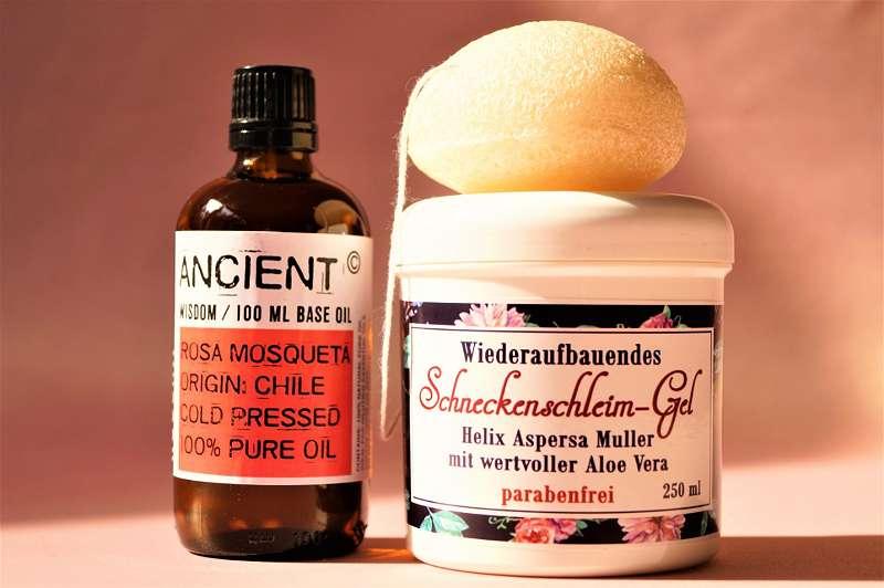 Körperbürste   Trockenbürsten   Massagebürste   Wellness   entgiften exfolieren Peeling Massage Entschlacken Anti-Cellulite Aktivieren munter machen Organismus anregen Wohlbefinden