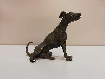 Bronzestatuette von Windhund