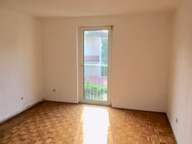 Reizende Zimmer-Küchenwohnung in sonniger Ruhelage