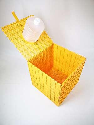Schwarmbox, Schwarmkiste, Bienenschwarm, Faulbrut Sanierungsbox, Bienen Versand Box