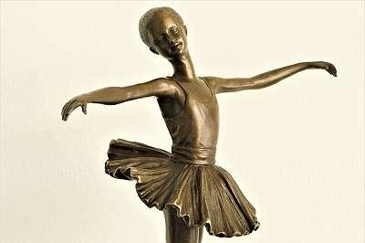 Ballerina! Echte Bronze mit Marmorsockel! Wunderschöne Ballett Tänzerin im Vintagelook | Deko Geschenk Oper Eleve Prima Ballerina Kunst Kultur Tanz Musik Theater Figur Büro Vitrine