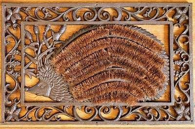 Türmatte mit Igel aus Gusseisen im Vintagelook – ca. 63,5 cm breit Fußabtreter Schuhabstreifer Türmatte Schmutzfang Eingang Tür Tor Vorraum Garderobe Entree