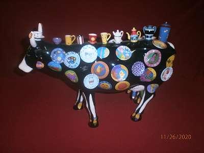 Kuh aus Porzellan