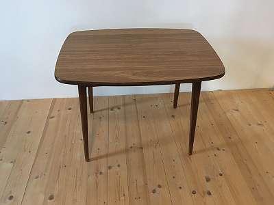 Kleiner Couchtisch/ Loungetisch aus den 60ern!