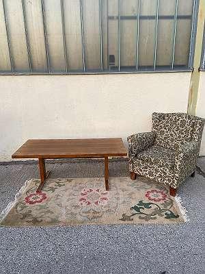 Art Deco Fauteuil, 70er Jahre höhen verstellbar Schreibtisch/ Couchtisch, Hangeknüfter Teppich