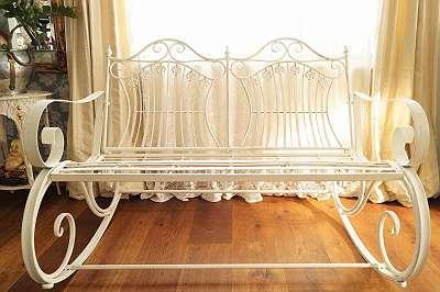 Außergewöhnlich und genial! Gemütliche Schaukelbank im Vintage-Design! Sitz Sessel Bankerl Schaukel Stuhl Garten Terrasse Balkon Wippe Brocante Shabby Landhaus Garten
