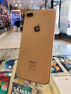 Apple iPhone 8 Plus 128GB GOLD / WIE NEU / SEHR SAUBER / OFFEN FÜR ALLE NETZE / 3 Monate Garantie / MEIDLINGER HAUPTRAßE 40