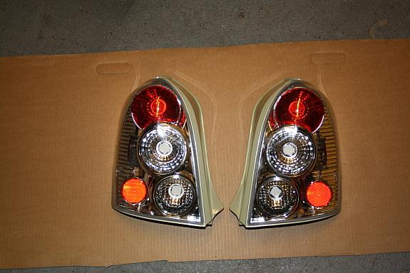 Mazda 323 Heckleuchten Klarglas Chrom