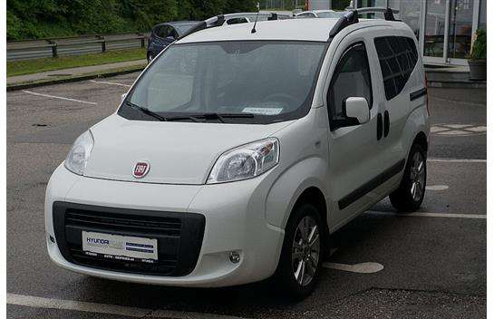 used fiat fiorino qubo of 2015 5 400 km at 10 990. Black Bedroom Furniture Sets. Home Design Ideas