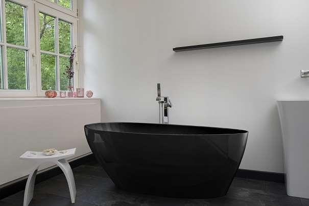 freistehende badewanne modena nero 78467 deutschland willhaben. Black Bedroom Furniture Sets. Home Design Ideas