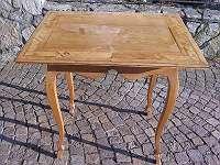 originaler barocker Tisch mit Einlegearbeit - Intarsien