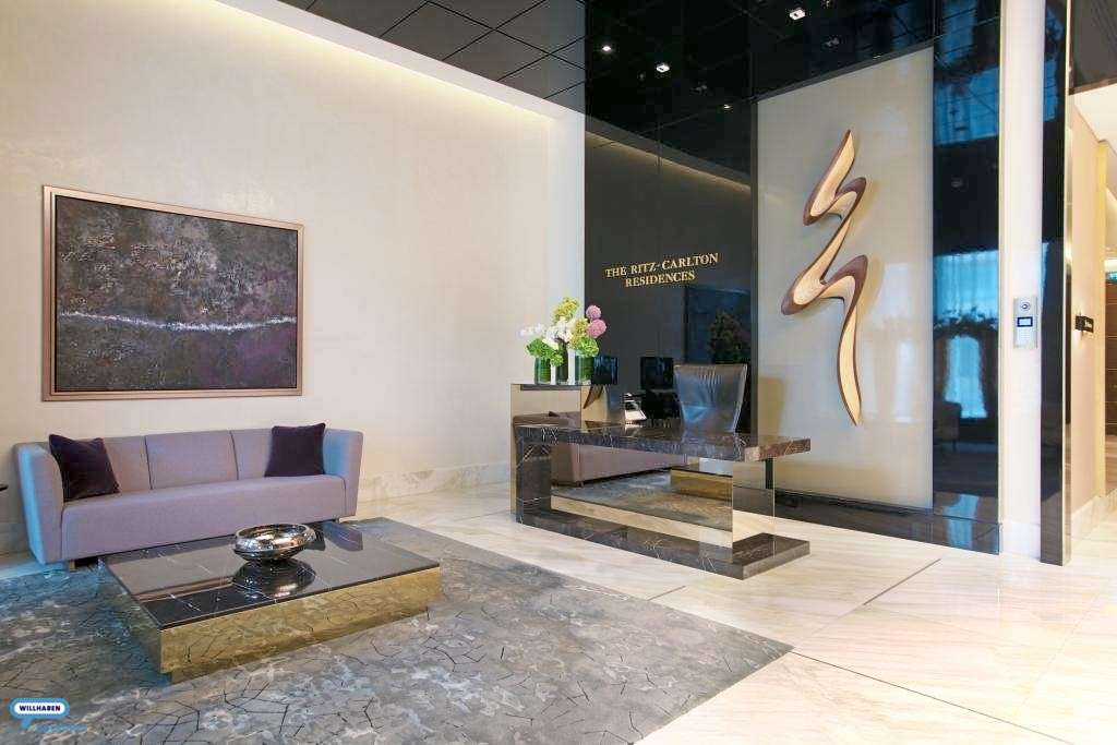 Lobby area_entrance