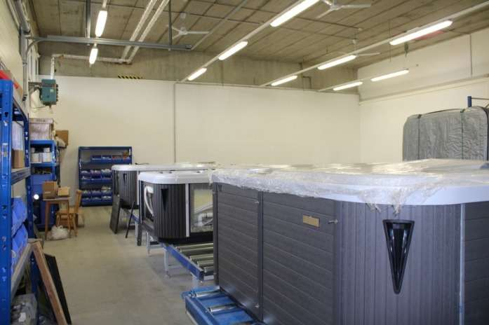 SwimSpa Denver 578x220x130 cm, von Bluewater Spas®, versandkostenfrei, weitere Modelle auf unserer Homepage