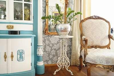 Herrschaftlicher, hochwertiger Tisch aus Gusseisen im Vintagelook – ein exzellenter Blickfang! Tischerl Blumentisch Kaffee Balkon Wintergarten Beistelltisch Konsole Lampentisch Shabby Blumen weiß