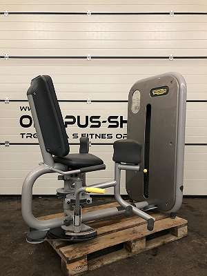 TECHNOGYM ADDUCTOR ELEMENT LINE BEINBEUGER FITNESSGERÄT