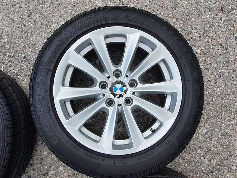 Alufelgen 17 Zoll BMW F10 F11 Neuwertige Sommerreifen