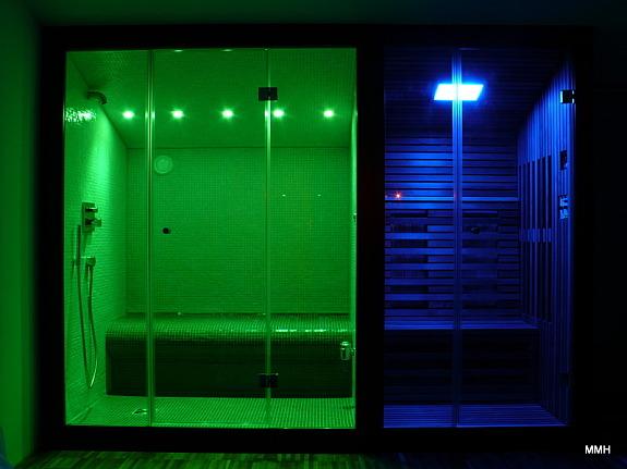 eigene dampfdusche oder dampfbad dampfgenerator sauna. Black Bedroom Furniture Sets. Home Design Ideas