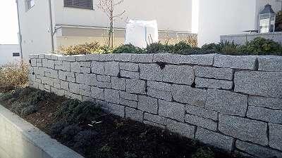 Granit Stein Block Würfel Naturstein Granitstein Mauerstein Gartenmauer gebrochen Steinmauer Leistenstein 40 x 20 x 20 cm