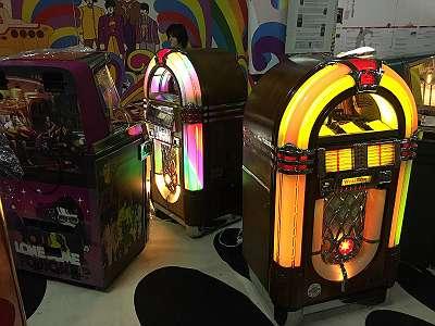 Wurlitzer CD Jukebox Bubbler zu Verkaufen