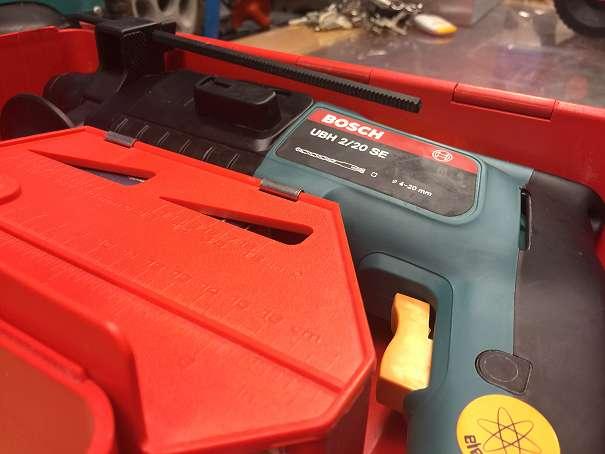 BOSCH UBH 2/20 SDS Plus, HILTI TE12, TE22, TM8, KRESS MBH2000 - Wien - BOSCH UBH 2/20 HILTI TE12 TE22 TM8 KRESS MBH2000 ZIPPER BHA 1500W MAKITA HR1800 MATRIX EHD1500W BOSCH UBH 2/20 SE, Bohrhammer, SDS Plus, gewerbliche (blaue) Serie, noch nicht einmal verwendet, habe noch 10 STÜCK Bohrhammer Marke: HILTI TE12(140e), - Wien