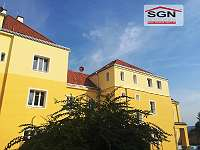 Schmelz Gut geschnittenes Single Appartement Ruhelage All Inclusive ...