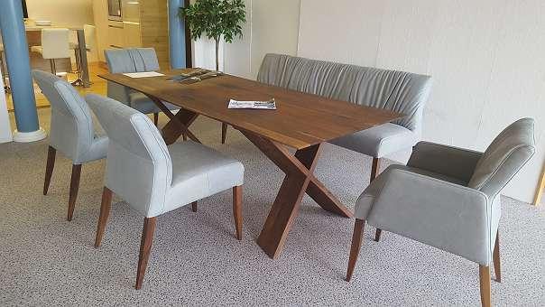 Fabriksneue Esszimmer Sitzgarnitur In Echt Leder Um 449000