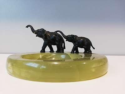 Wiener Bronze Elefanten- Aschenbecher