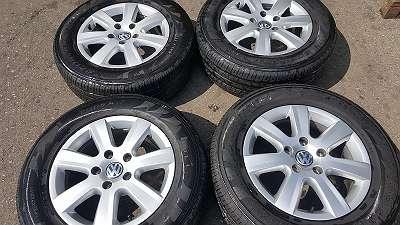 4 Stk. Orig. VW Toureg Alufelgen 17 Zoll mit Sommerreifen Pirelli gebraucht