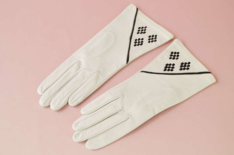 Alte, originale Vintage-Handschuhe aus den 50er Jahren. Gr. 7 ? Damen Frauen Accessoirs Lederhandschuhe Herbst Winter Theater Midcentury Mid-Century 50er 60er Abend