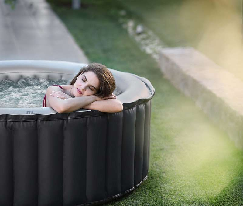MSpa Whirlpool Silver Cloud delight 180x180x70cm - Bubble Spa - 4 Personen - Sonderaktion