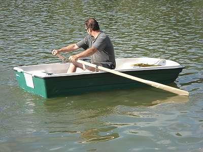 Fabrikneues Ruderboot Fischerboot