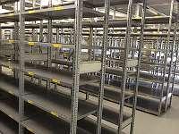 30 Meter Fachbodenregal Schäfer R 3000 2,5 m hoch 60 cm Tief 100 kg Auflast/ Fach