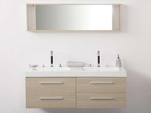 badm belset mit waschbecken ankauf verkauf und tauschanzeigen. Black Bedroom Furniture Sets. Home Design Ideas