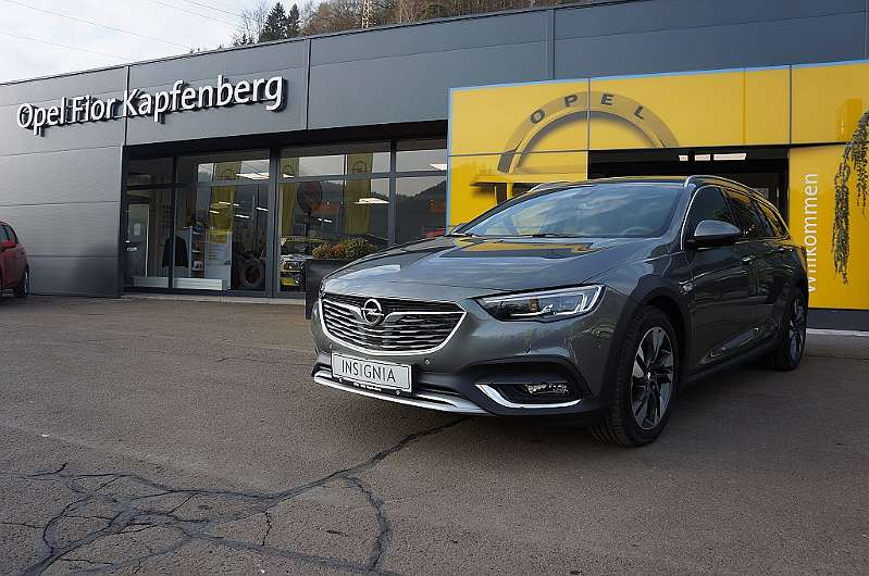 opel insignia country tourer 2 0 cdti blueinjection. Black Bedroom Furniture Sets. Home Design Ideas