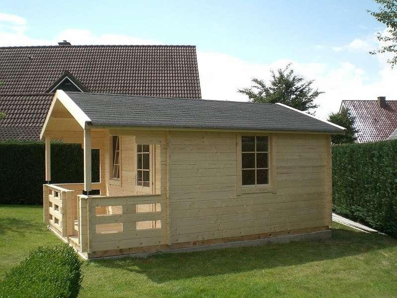 Gartenhaus - 3,78 x 3,78m + 1,30m-Terrasse mit Fußboden Blockhaus inkl.  Anlieferung und Abladen