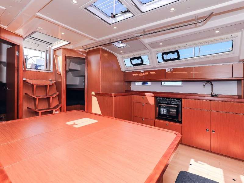 Bavaria Cruiser 46 - Pantry