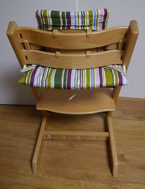 stokke tripp trapp hochstuhl in natur optional mit babyset und kissen und versand 105. Black Bedroom Furniture Sets. Home Design Ideas