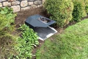 mower haus rasenroboter garage aus metall 230 6425 haiming willhaben. Black Bedroom Furniture Sets. Home Design Ideas