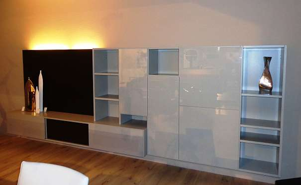 gruber schlager tv wand r uchereiche amineo 2540 bad v slau willhaben. Black Bedroom Furniture Sets. Home Design Ideas
