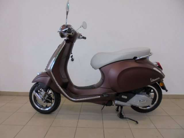 vespa primavera 125 50 anniversario willhaben. Black Bedroom Furniture Sets. Home Design Ideas